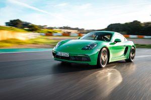 Porsche Reports 1
