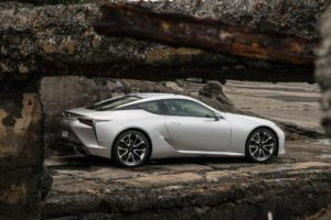 2021-Lexus-LC-000