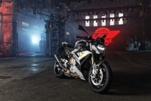 3the-new-bmw-s-1000-r