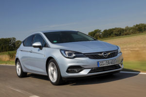 02-Opel-Astra