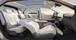 3 Large-45012-HyundaiIONIQ5RedefinesElectricMobilityLifestyle