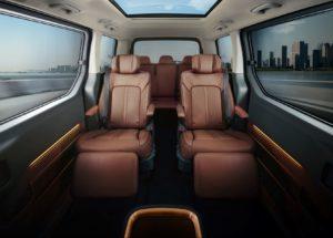 Hyundai STARIA MPV 4